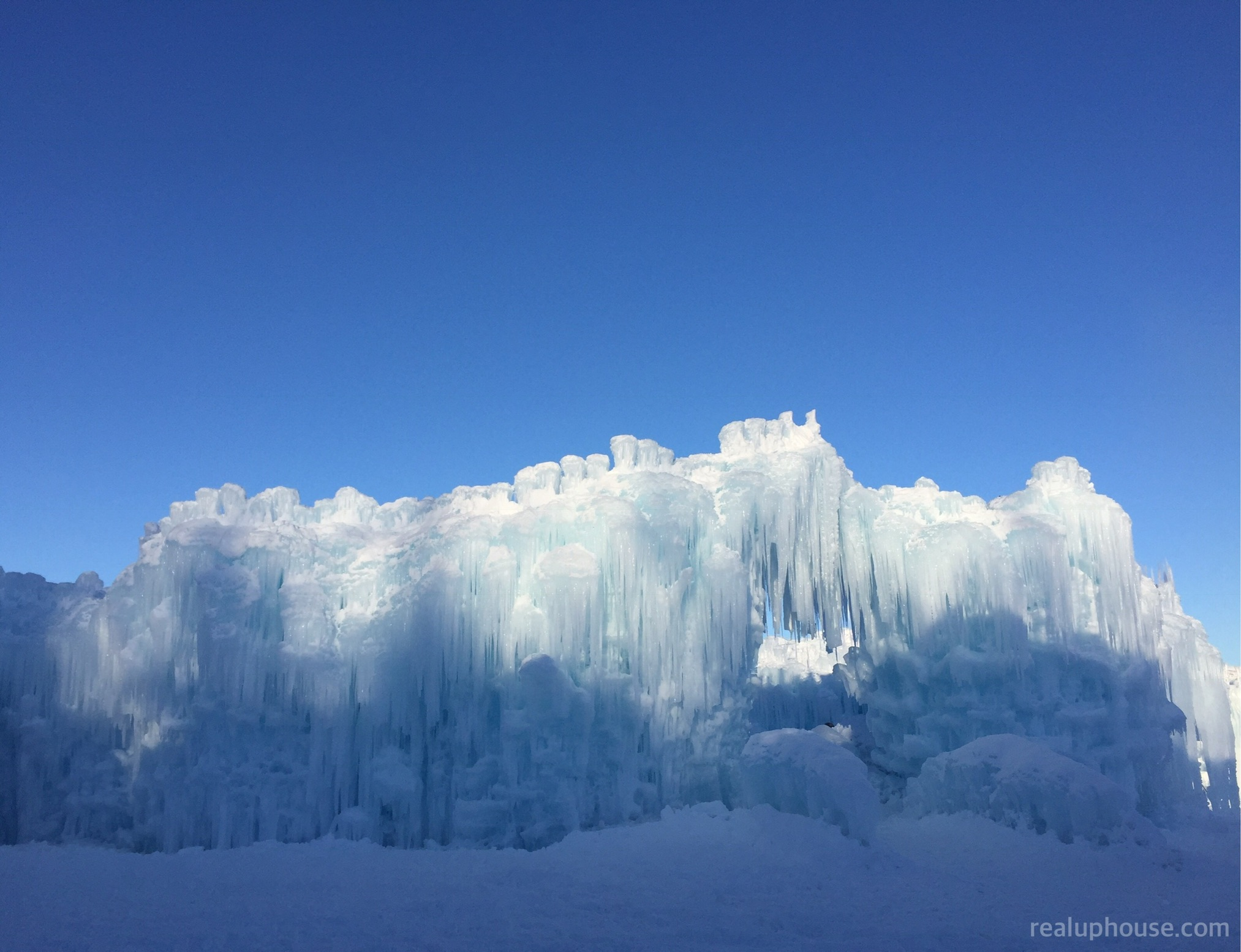 Hamblin Ice Castles 2017